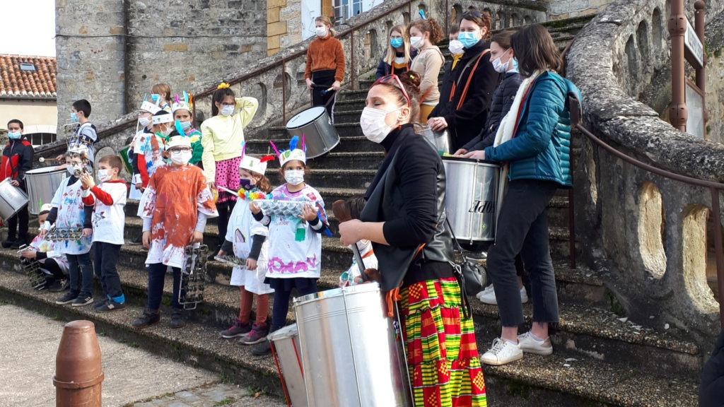 enfants-clap-carnaval-fevrier